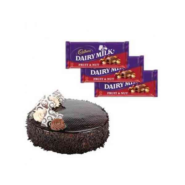 Chocolate-Cake-with-Cadbury