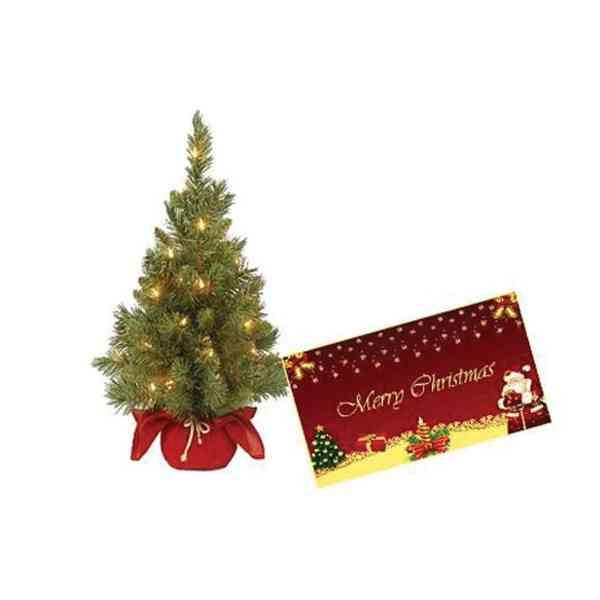 Christmas-Tree-With-Christm