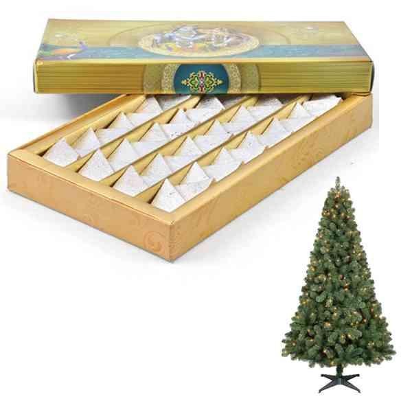 Christmas-Tree-With-Kaju-Ka