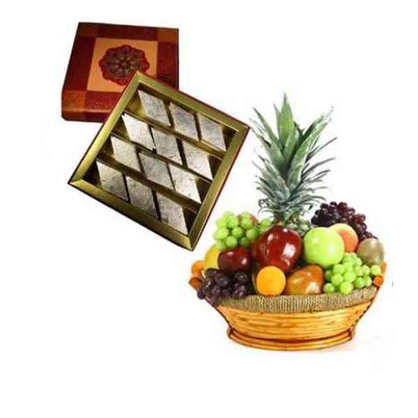 Fresh-Fruits-Basket-With-Ka