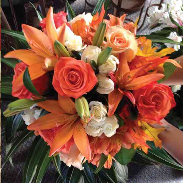 Lily-Roses-&-Gerbera-Bouque