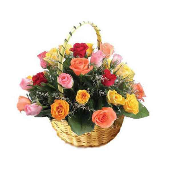 Mixed-Roses-Basket