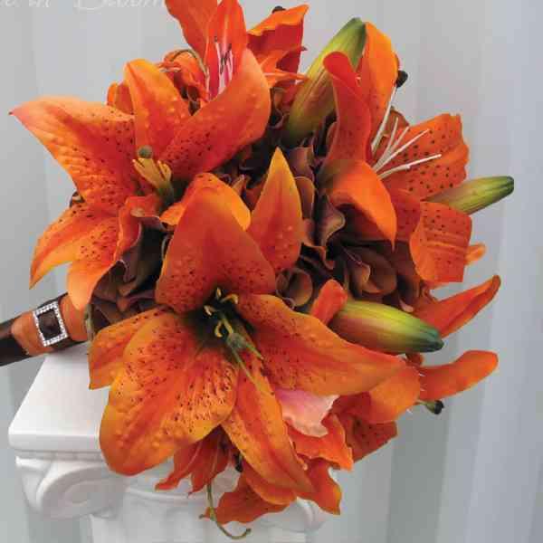Orange-Lily-Bouquet