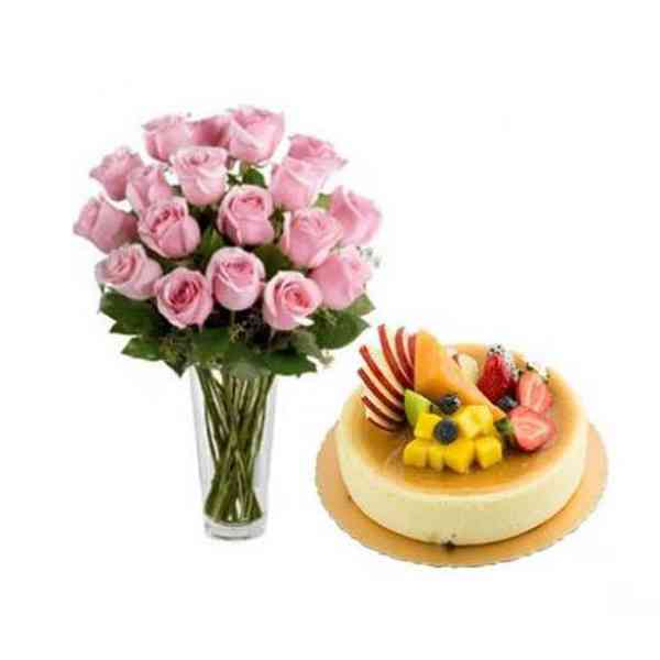 Pink-Roses-With-Fresh-Fruit