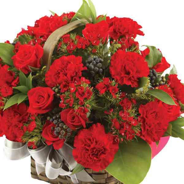 Red-Carnations-Basket