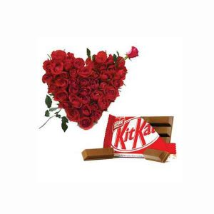 Red-Roses-Heart-With-Kitkat
