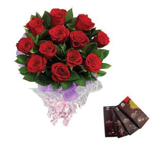 Red-Roses-With-Bournville