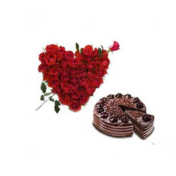 Roses-Heart-With-Choco-Chip