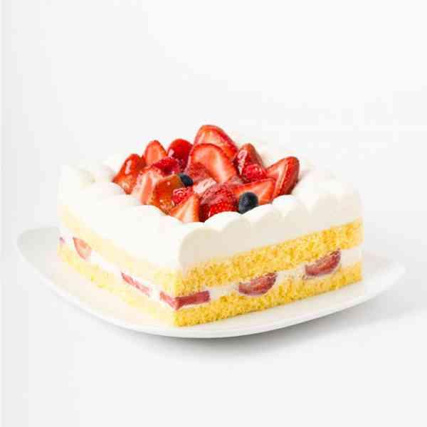 Strawberry-Cake-Square