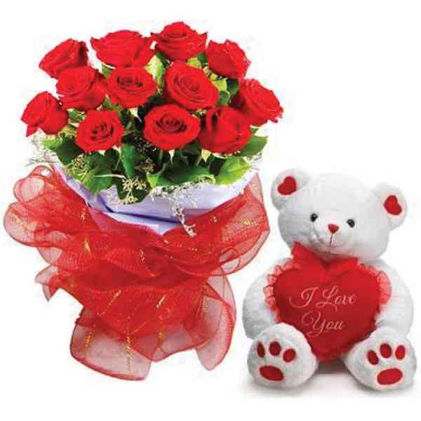 Teddy-Bear-With-Roses