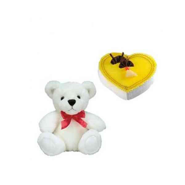 Teddy-With-Heart-Shape-Pine
