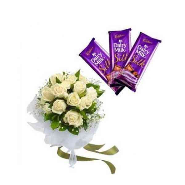White-Roses-With-Chocolates