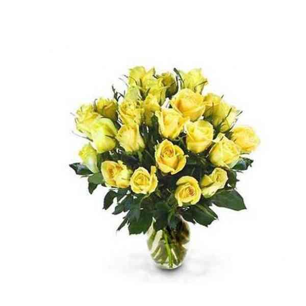 Yellow-Roses-Vase