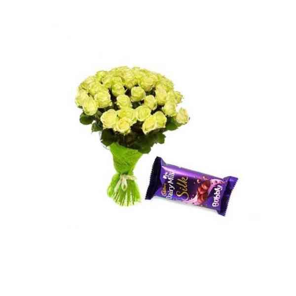 Yellow-Roses-With-Cadbury-S