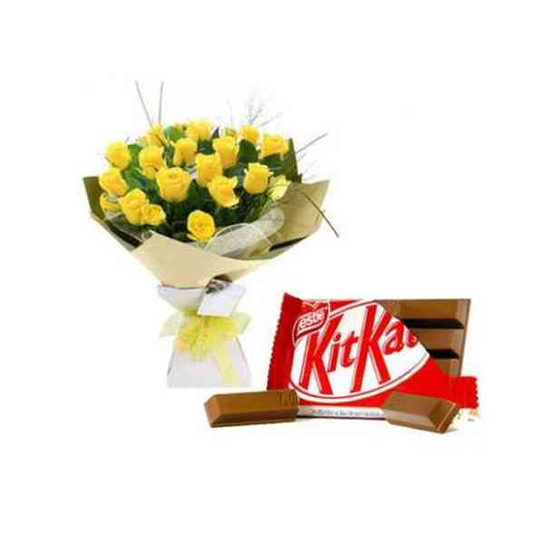 Yellow-Roses-With-Kitkat